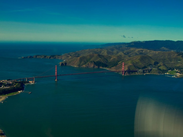 I'm so glad they still us fly over the Golden Gate Bridge.  What a thrill.