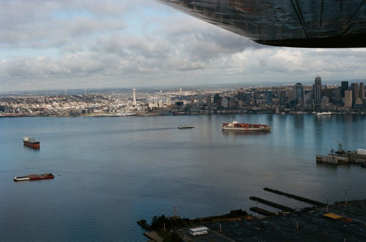 Nothing like being on Final to Boeing field next to Downtown Seattle. (Photo by Jason)